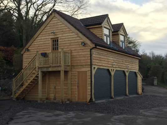 Garage with raised eaves